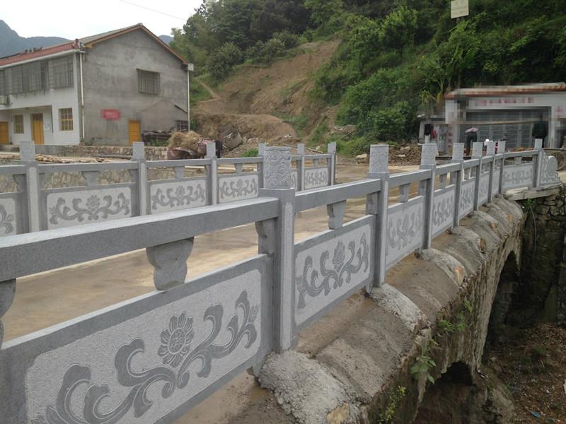 中式橋梁石護欄