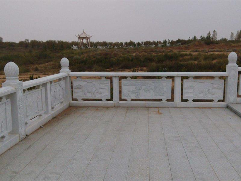 河道石護欄